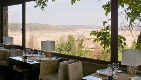 Rusticae Guadalajara  Hotel con encanto Comedor con vistas