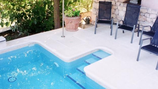 Hoteles Rusticae, Hoteles con piscinas de impresión, Hoteles rur