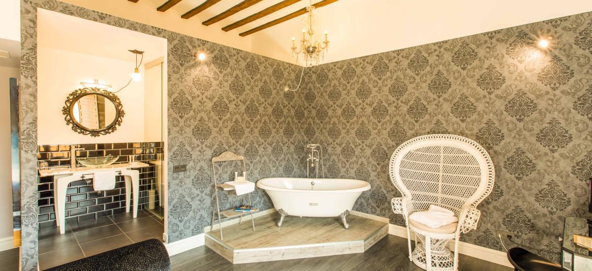 Hotel Teatrisso La Rioja Rusticae bath2