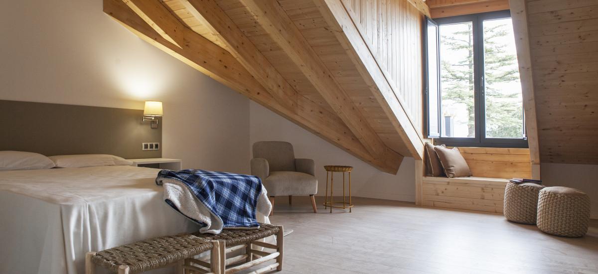 Hotel The Rock Suites & Spa interior habitacion 6