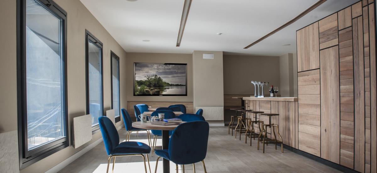 Hotel The Rock Suites & Spa interior ventanal Rock Suites