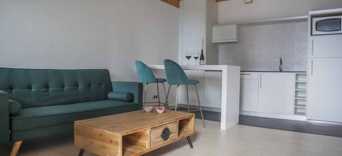Hotel The Rock Suites & Spa interior livingroom 2