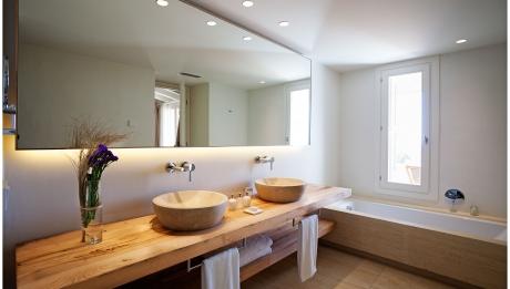 Rusticae Menorca Hotel Torralbenc con encanto baño