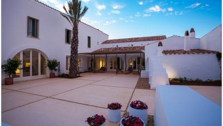 Rusticae Menorca Hotel Torralbenc con encanto terraza