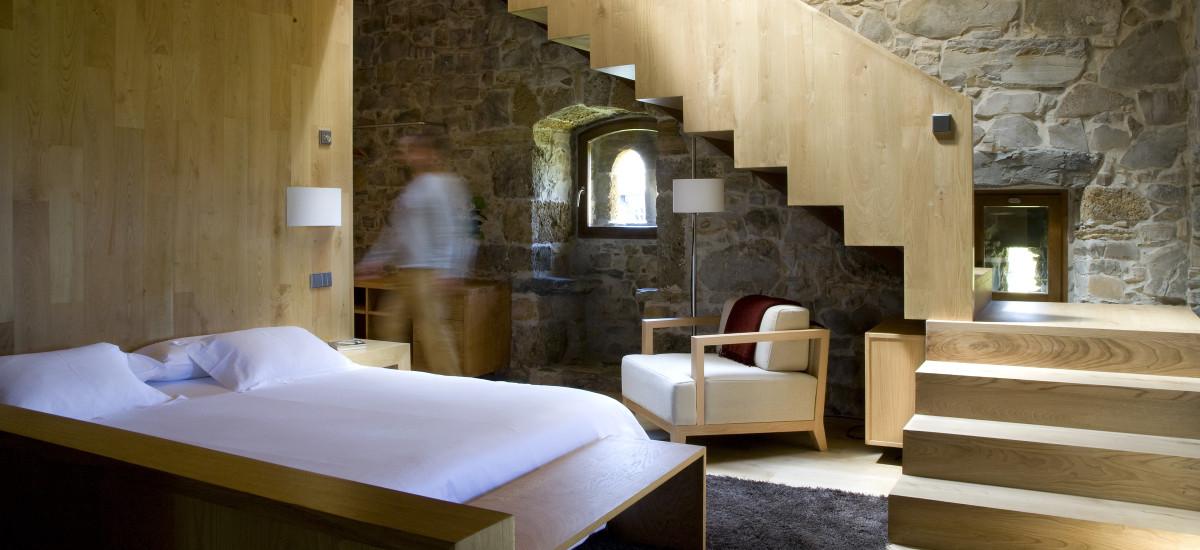 Rusticae Asturias charming Hotel Torre de Villademoros bedroom