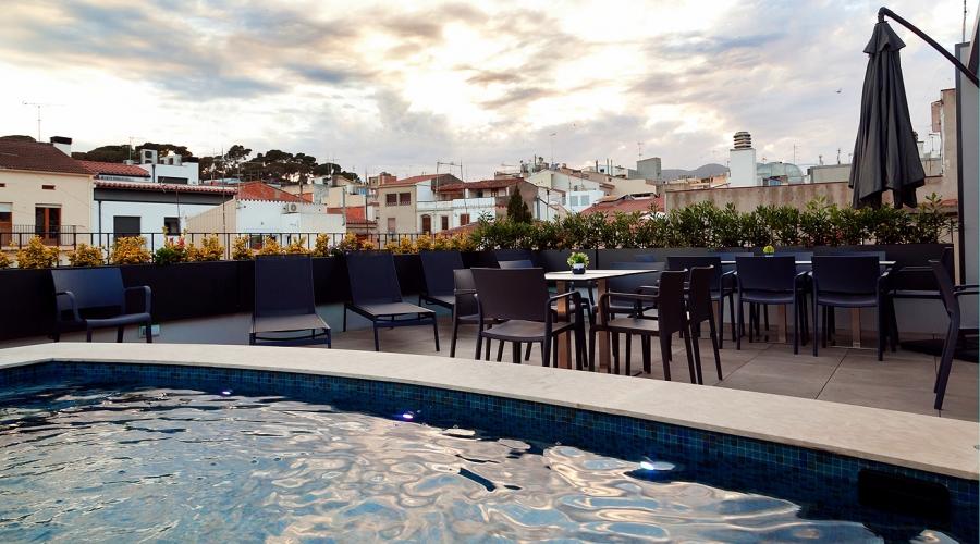 Rusticae Barcelona Hotel con encanto piscina