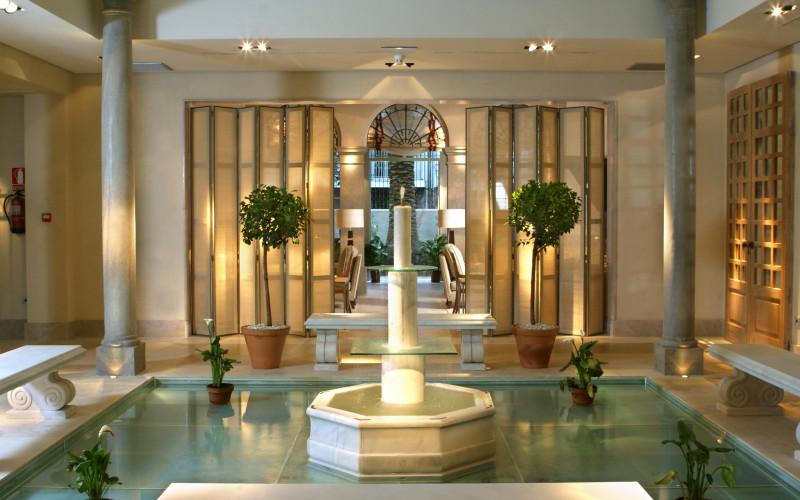 Hotel Villa Oniria Fuente Interior