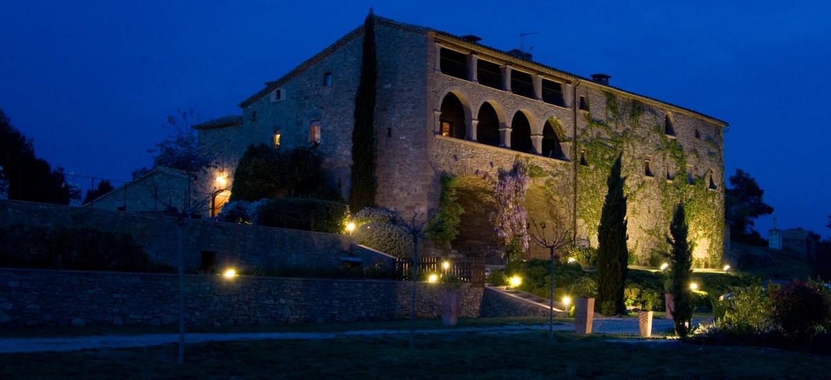 La Garriga de Castelladral  Hotel en Castelladral jardin entrada