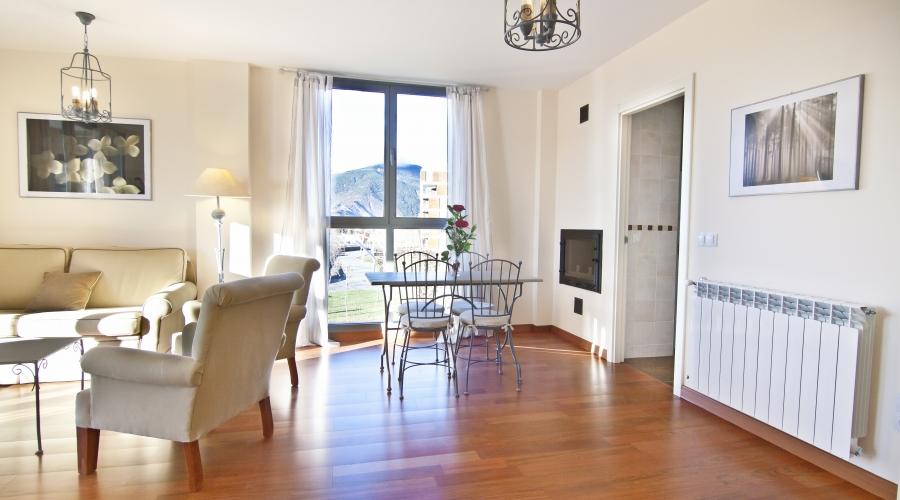 Rusticae Huesca Hotel con encanto salon