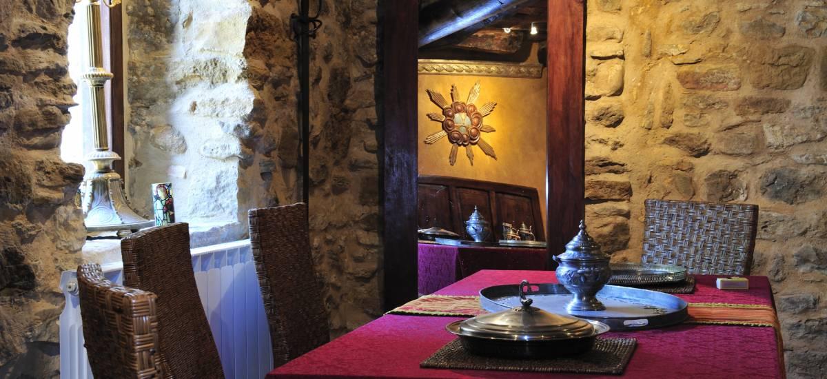 Rusticae Teruel charming Hotel Moradas Temple dining room