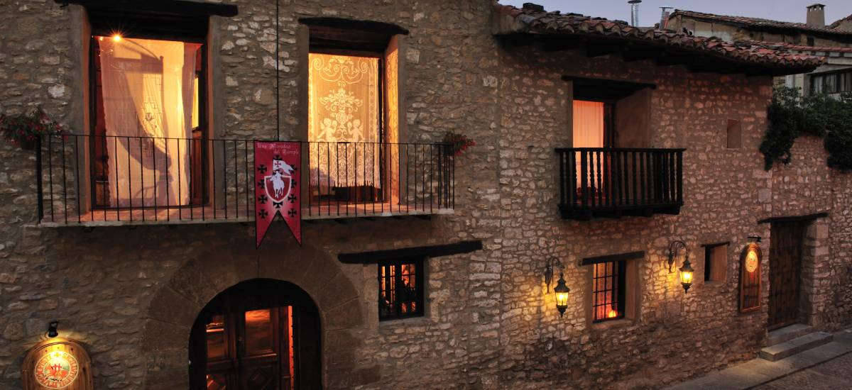 Rusticae Teruel charming Hotel Moradas Temple outside