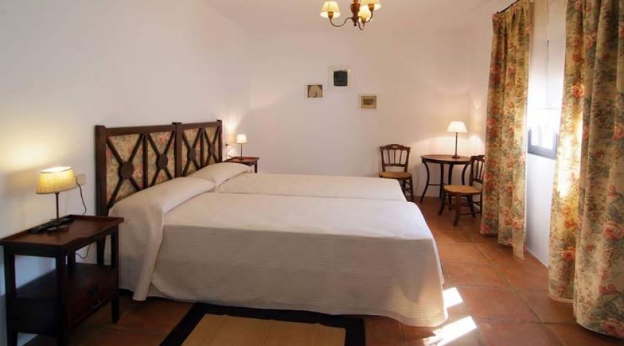 Rusticae Toledo Hotel Los Corrales romantico habitacion