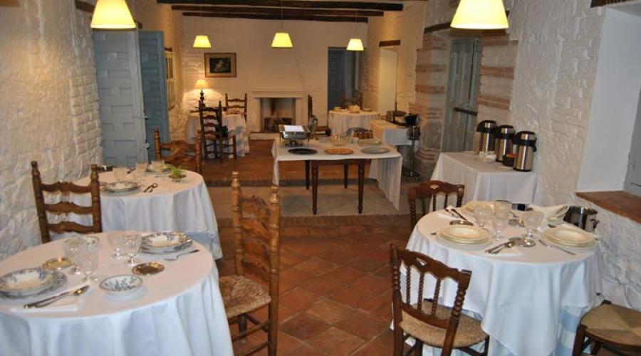 Rusticae Toledo Hotel Los Corrales romantico comedor