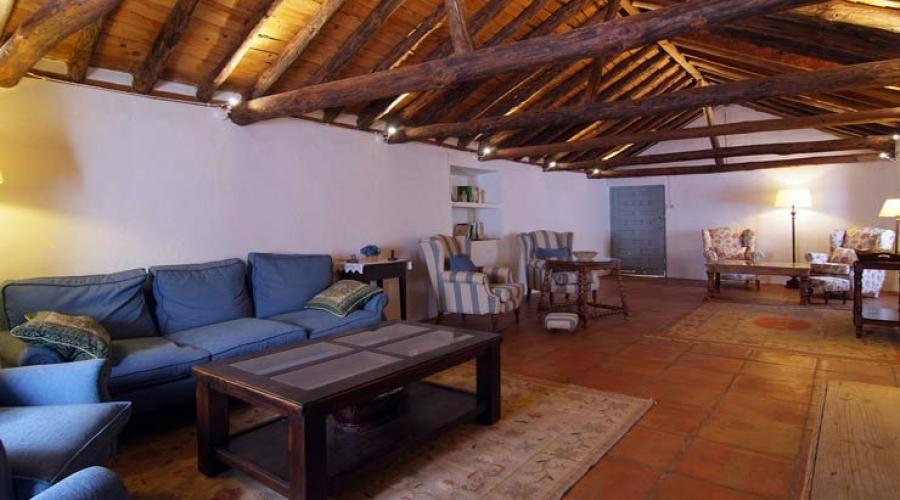 Rusticae Toledo Hotel Los Corrales romantico salon