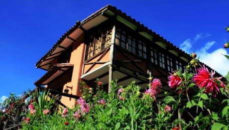 Qawana Lodge