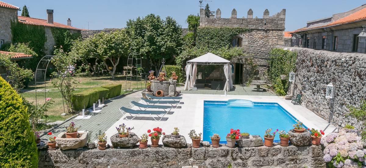 Solar Sampaio e Melo Hotel piscina