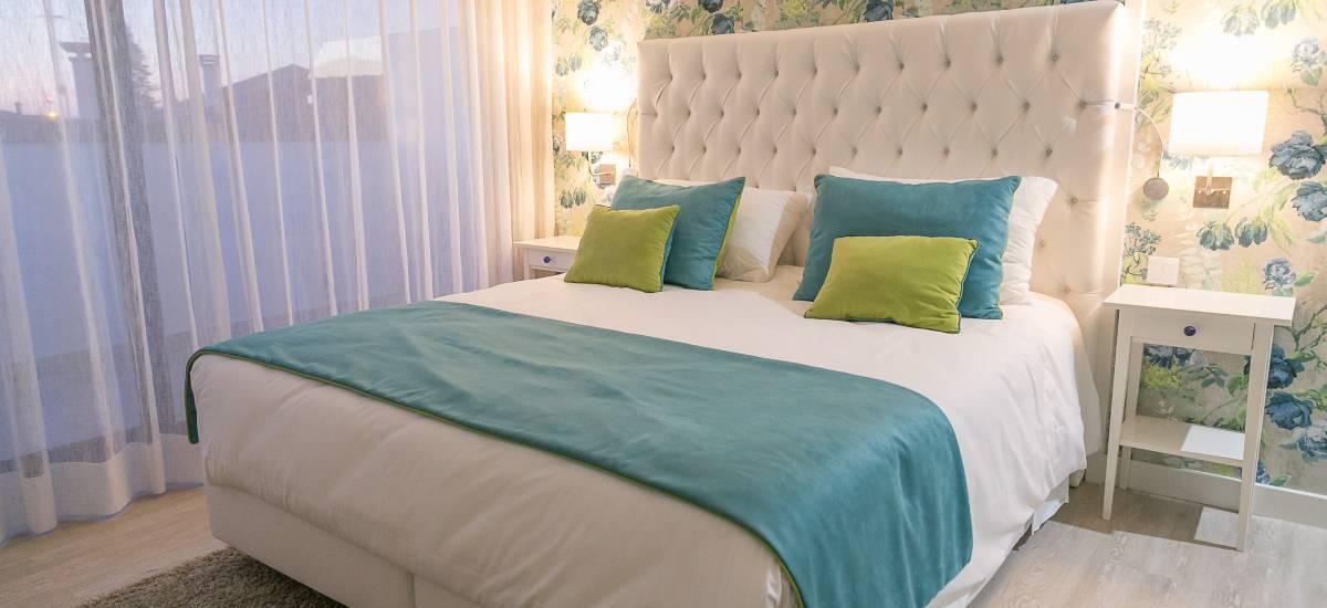 Solar Sampaio e Melo Hotel room