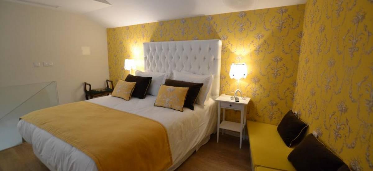 Solar Sampaio e Melo Hotel room 5