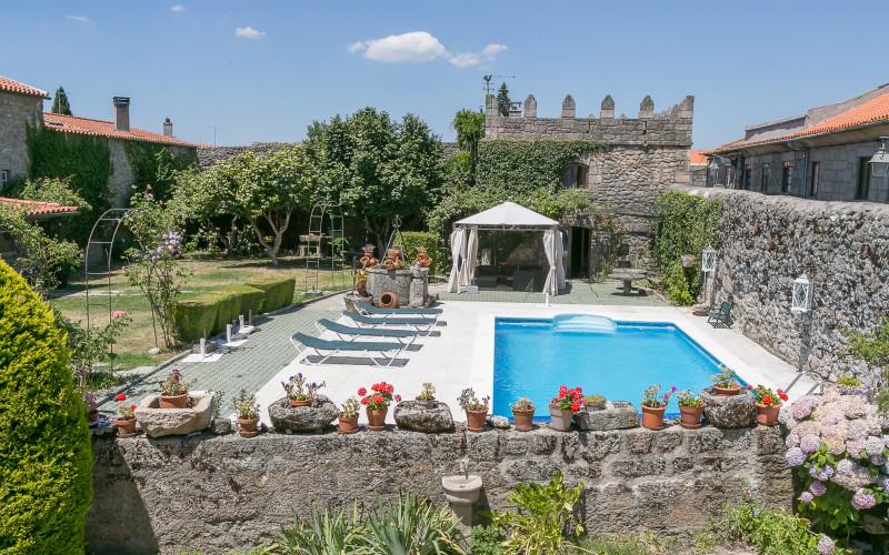 Solar Sampaio e Melo Hotel pool