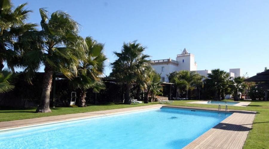 Rusticae Tarragona Hotel Tancat de Codorniù con encanto Piscina