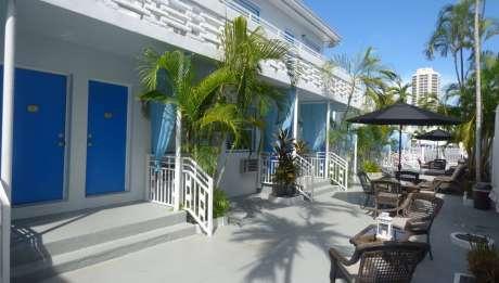 Villa Byron Suites
