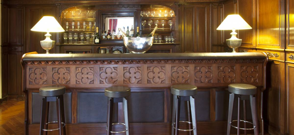 Rusticae Gipuzcoa charming Hotel Villa Soro bar