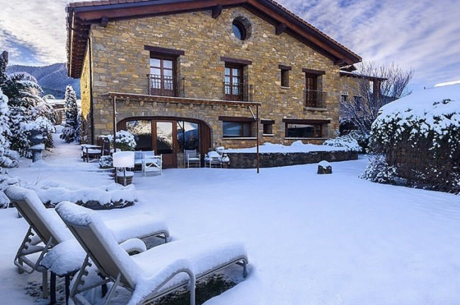 HOLIDAYS IN THE SNOW IN HUESCA
