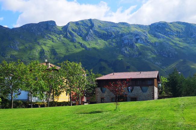 Apartamentos Santilar (Asturias)
