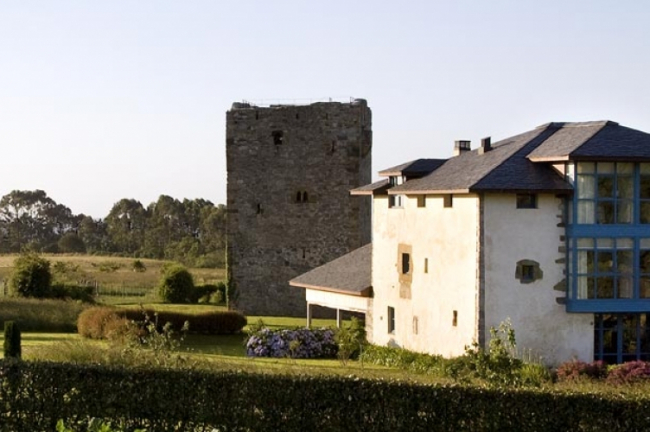 Torre de Villademoros (Asturias)