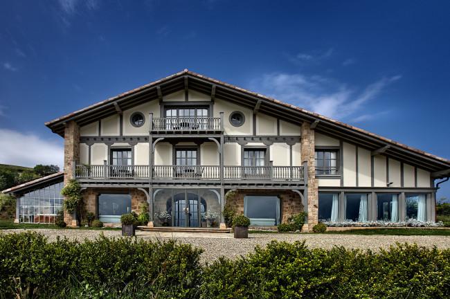 Rusticae hotel Iturregi hotel con encanto en Getaria