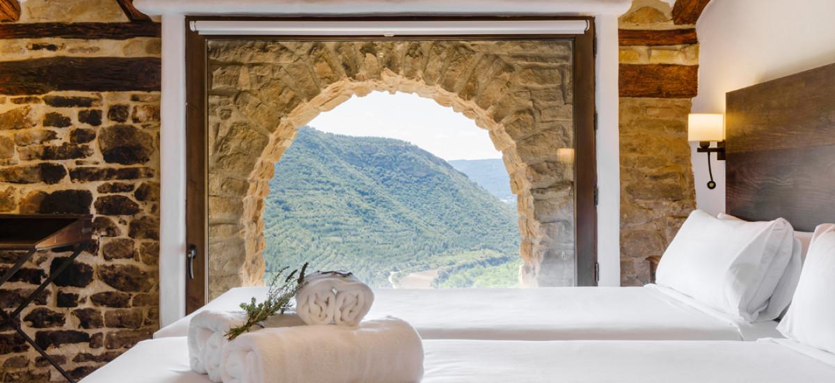 "Gift Key ""Medieval Castles & Bardenas Reales"" Experience"