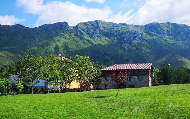 Los Apartamentos en Alquiler Completo con Jardín La Santilar