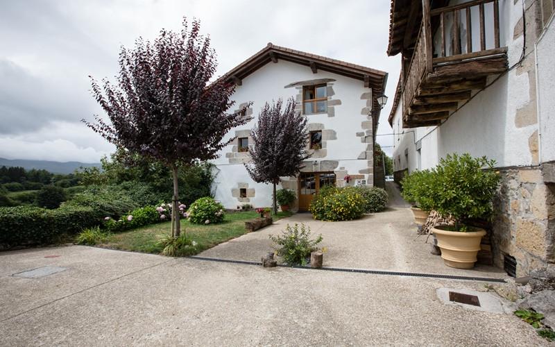 Escapadas a Navarra rurales Casa Rural Azpikoetxea