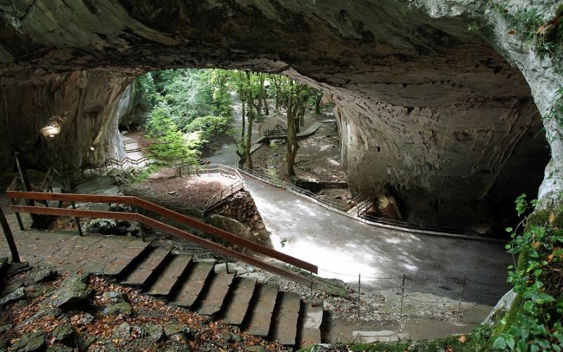 Escapadas a Navarra rurales de fin de semana Cuevas Zugarramurdi