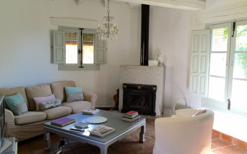 Rural House for Full Rent with fireplace El Vergel de Chilla