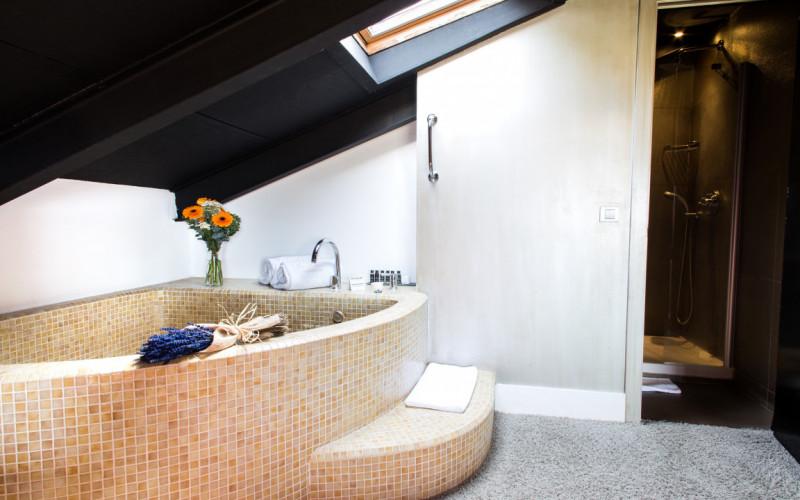 Hoteles con Jacuzzi Privado en la Habitación Cardamomo Jacuzzi