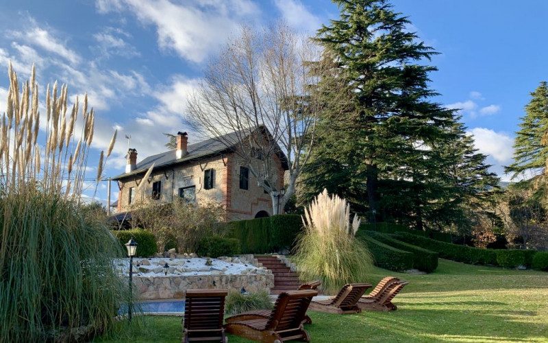 Rural house for rent complete with fireplace Alma del Colmenar