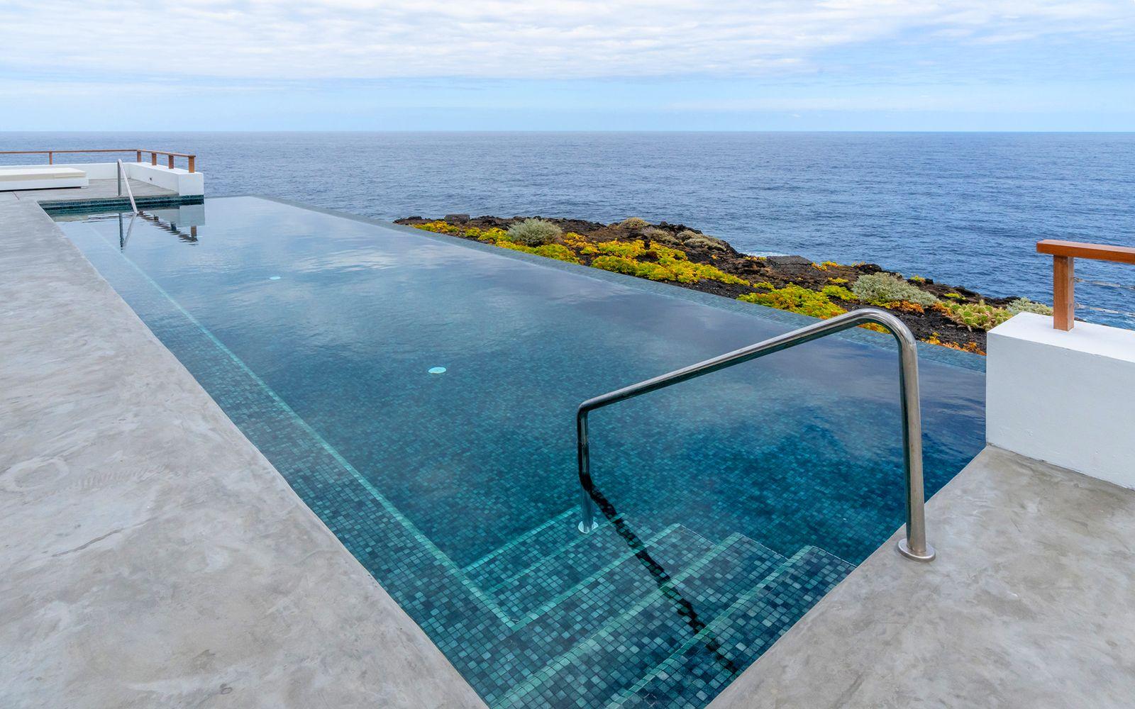 Charmante boutique Hotels Pool Faro Punta Cumplida Hotel