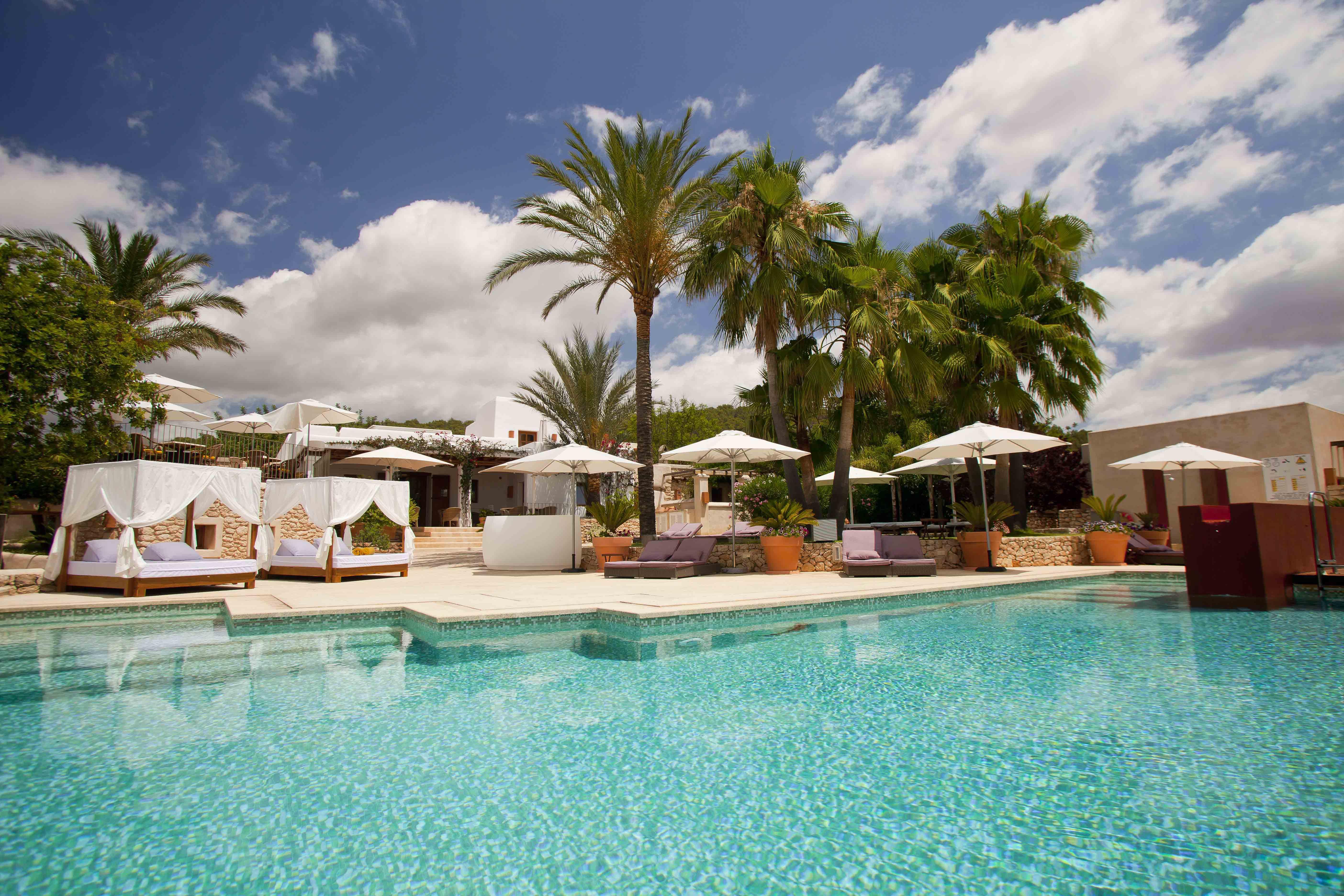 Hoteles con encanto en ibiza de lujo rurales rom nticos for Hoteles rurales de lujo