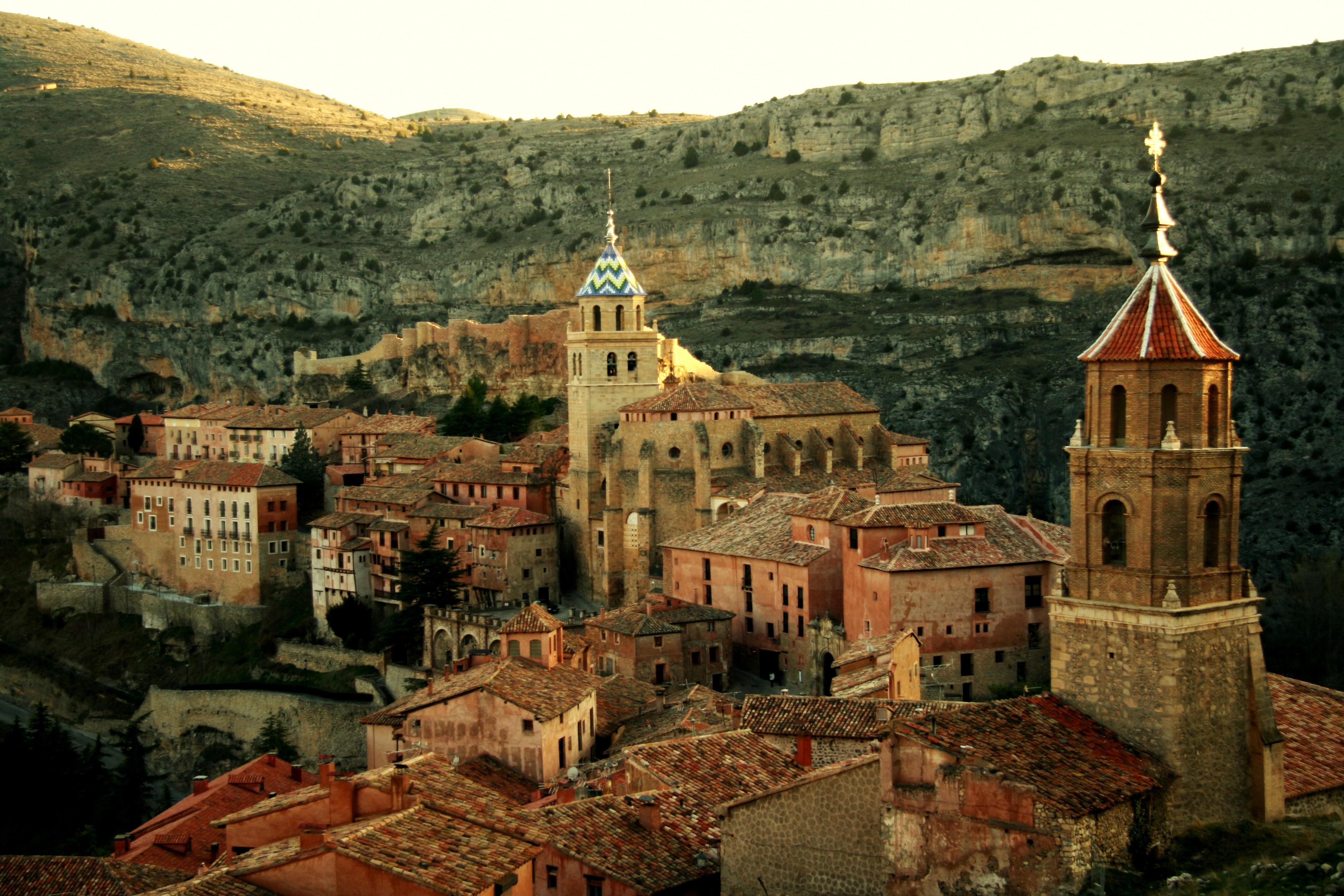 <strong>Casas Rurales en Teruel Albarracín y alrededores</strong>