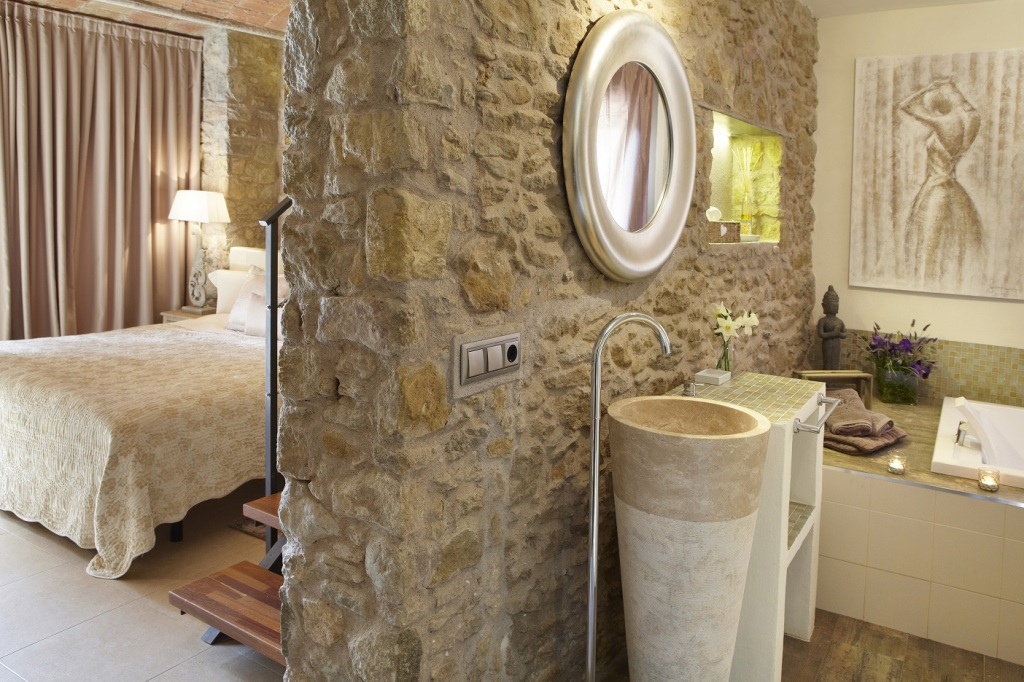 <strong>Escapada Romántica fin de semana en Hotel Raço de Madremanya (Girona)</strong>