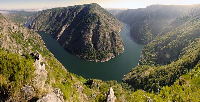 <strong>Galicia Hotels in Ribeira Sacra</strong>