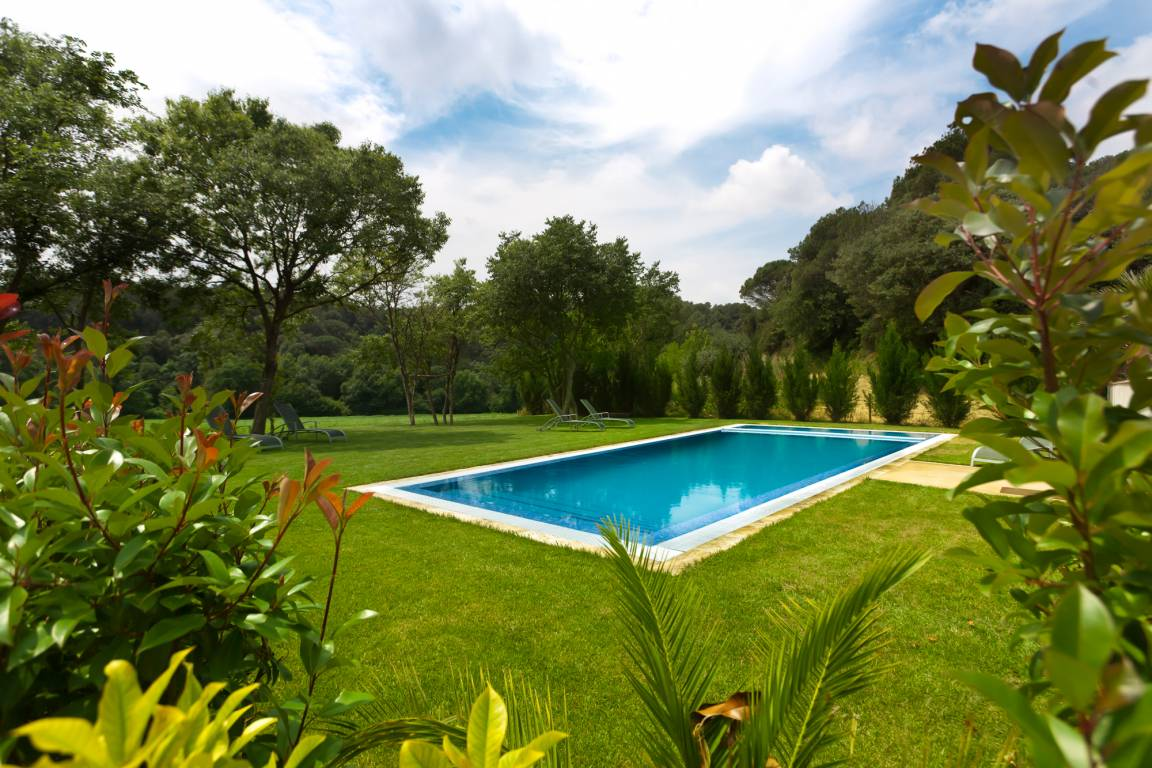 <strong>Rural Hotels - Hotel Rural Can Clotas natural garden pool</strong>