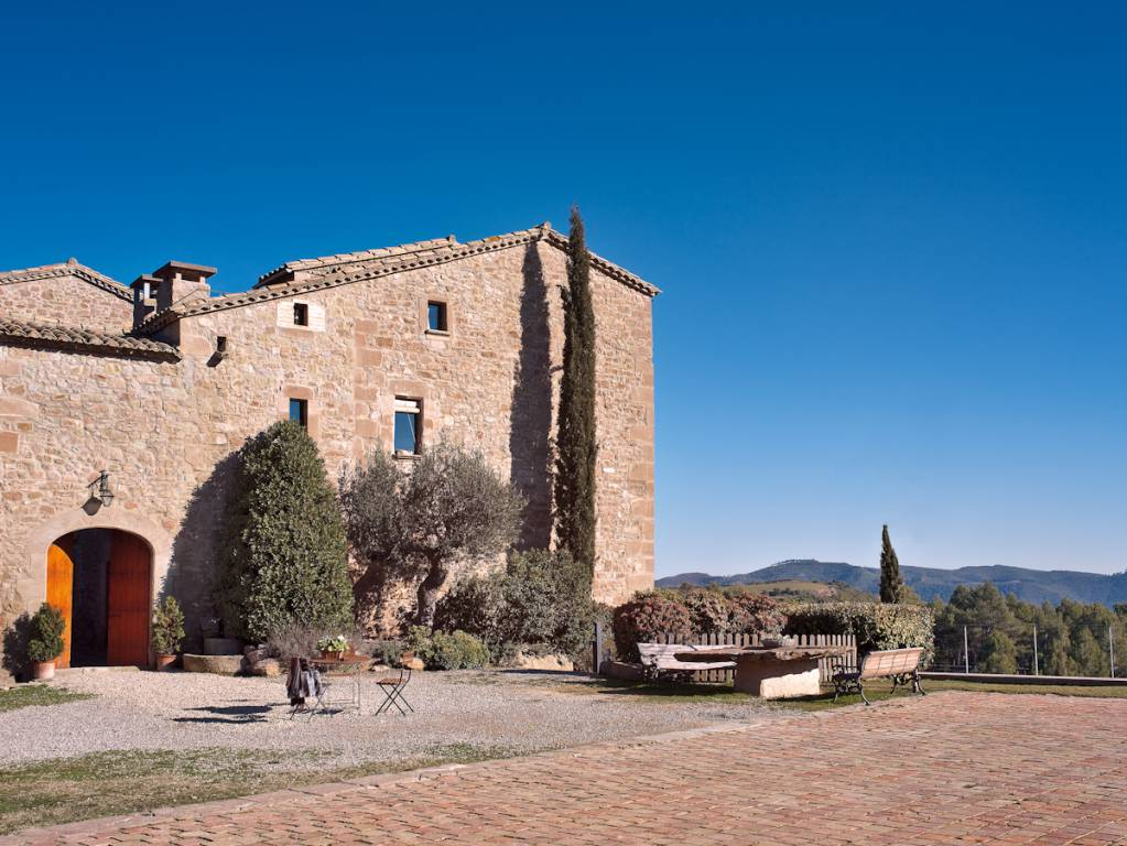 <strong>Rural Houses and Hotels for New Year's Eve and Rural New Year's Eve - GARRIGA DE CASTELLADRALL</strong>