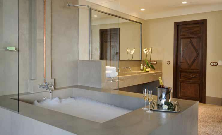 <strong>Hotels with Jacuzzi - Hotel Carvajal Girón Salamanca</strong>