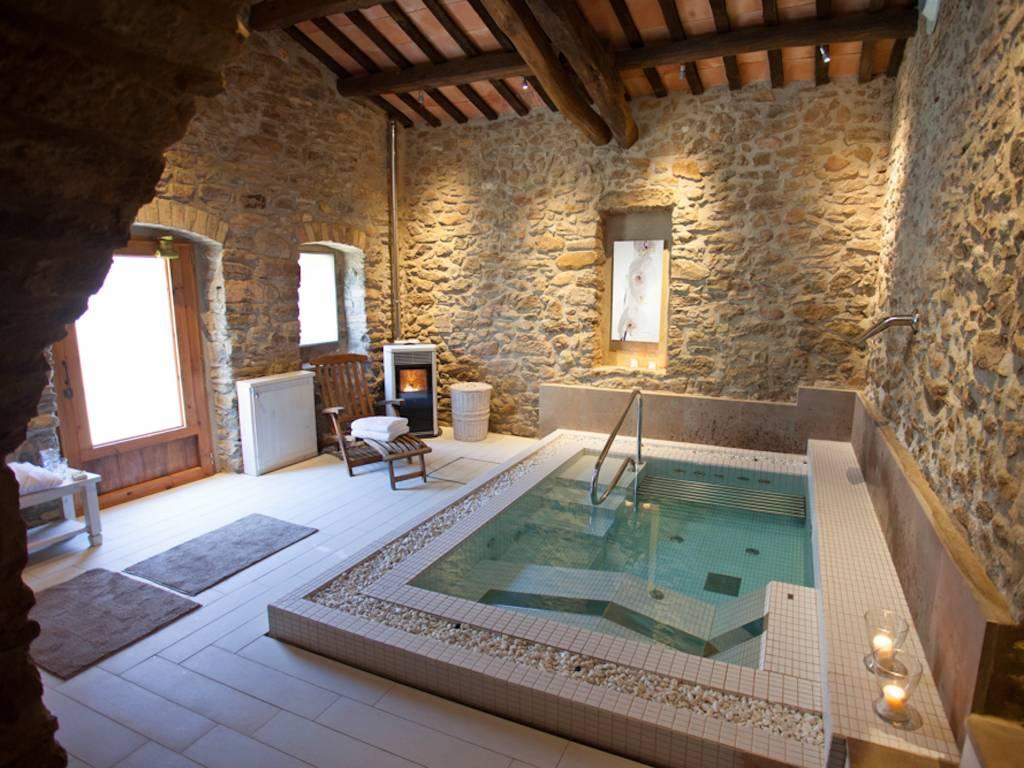 <strong>Hoteles con Jacuzzi -  Hotel La Garriga de Castelladral (Castelladral, Barcelona)</strong>