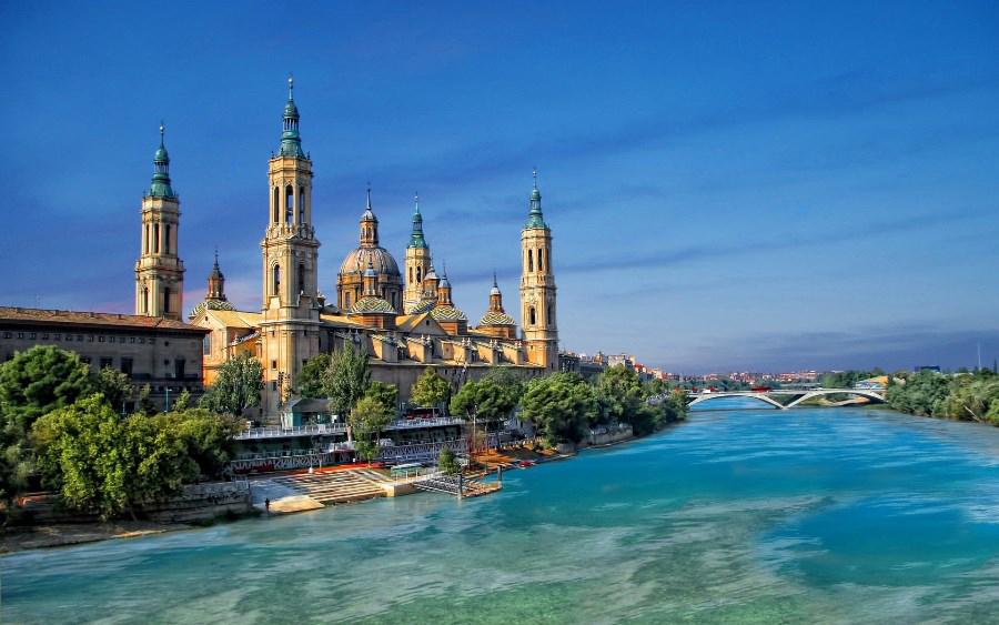 Hoteles en Aragón y Casas Rurales en Aragón