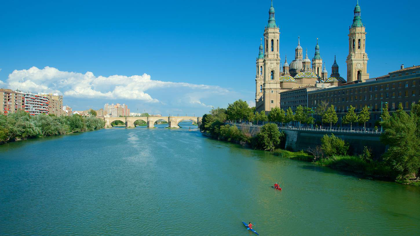 Hotels in Zaragoza and Rural Houses in Zaragoza - Ebro River