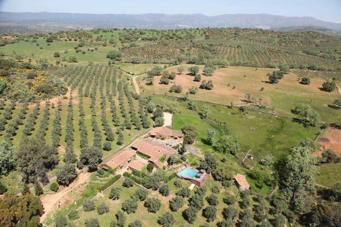 <strong>Romantic rural hotel with charm in Cáceres Finca La Ramallosa</strong>