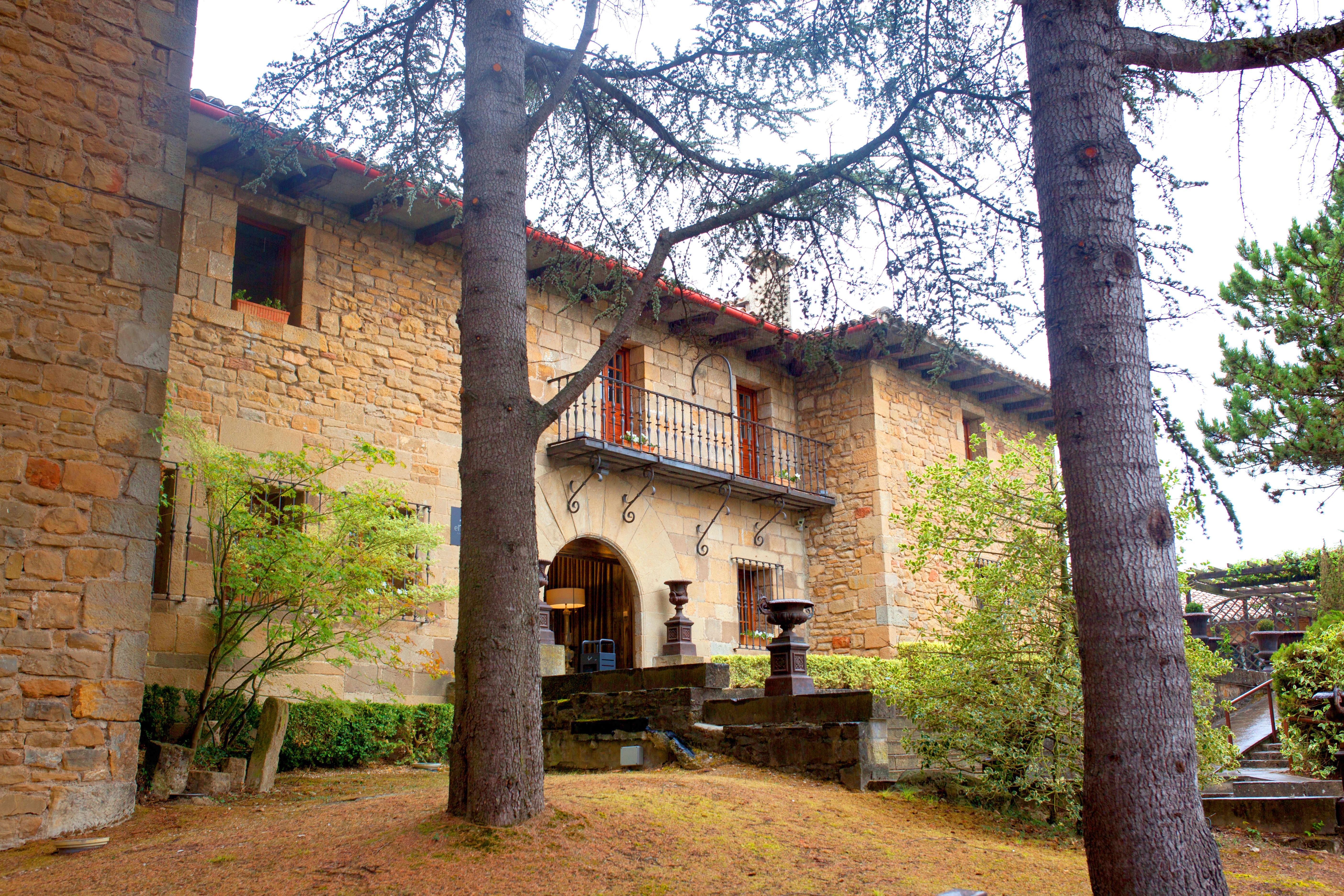 <strong>Hoteles en Pamlona cuidad - El Toro Rusticae</strong>
